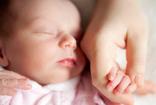 Bệnh lây truyền qua đường tình dục có thể lây từ mẹ sang con