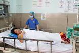 Bệnh nhân nghèo không thể lên tuyến trên, lần đầu tiên, bệnh viện quận 11 dùng thuốc tiêu sợi huyết cứu sống bệnh nhân nhồi máu cơ tim cấp