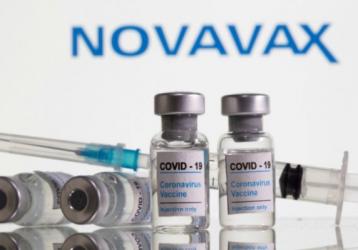 Thêm vắc xin COVID-19 hiệu quả trên 90% chuẩn bị ra mắt