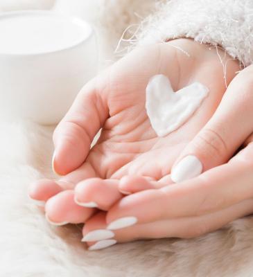 10 mẹo đơn giản giúp tạm biệt da khô vào mùa đông