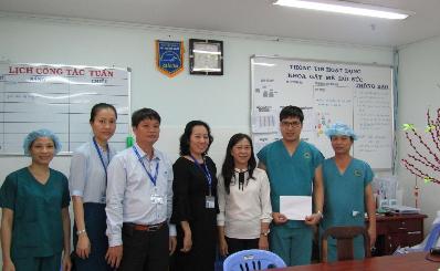 Lãnh đạo bệnh viện chúc Tết các khoa/ phòng