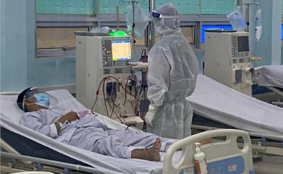 """Bệnh viện điều trị COVID-19 Củ Chi bắt đầu """"chia lửa"""" hiệu quả cho Bệnh viện Bệnh Nhiệt Đới và các bệnh viện tuyến cuối của Thành phố"""