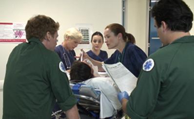 Tìm hiểu giao thức SBAR và IMIST-AMBO trong bàn giao bệnh nhân cấp cứu giữa chuyên viên cấp cứu ngoài bệnh viện và nhân viên khoa cấp cứu tại các bệnh viện