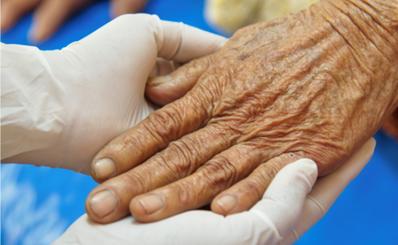 Đã có 52 cơ sở khám, chữa bệnh triển khai khám, chữa bệnh tại nhà cho người cao tuổi