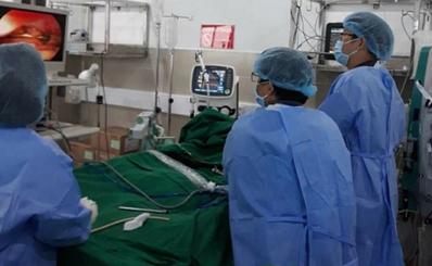 Chỉ với dấu hiệu đau bụng, Bệnh viện Quận 11 phát hiện ra bệnh nhân viêm tụy cấp nặng và cứu gấp bằng kỹ thuật lọc máu hấp phụ độc tố